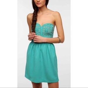 Urban Outfitters Staring at Stars strapless dress